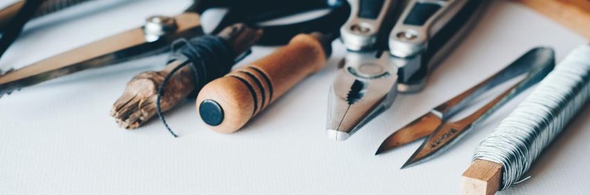 Trabajar usando herramientas